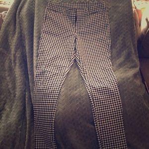 Old Navy Pixie Pants Size 4